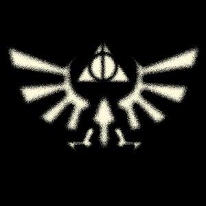 dessin t-shirt Deathly Hallows et Triforce geek original